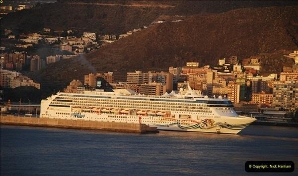2012-11-10 Santa Cruz de Tenerife, Tenerife, Canary Islands.  (6)365