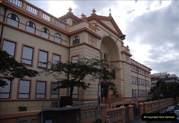 2012-11-10 Santa Cruz de Tenerife, Tenerife, Canary Islands.  (97)456