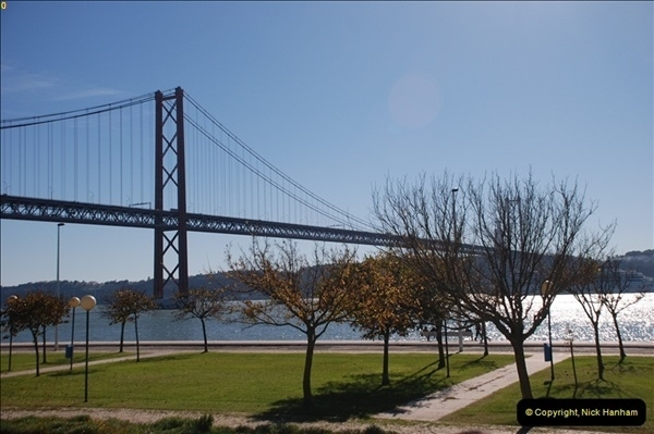 2012-11-13 Lisbon, Portugal.  (213)213