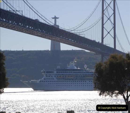 2012-11-13 Lisbon, Portugal.  (214)214