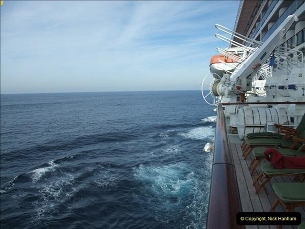 2012-11-14 At Sea.  (8)069