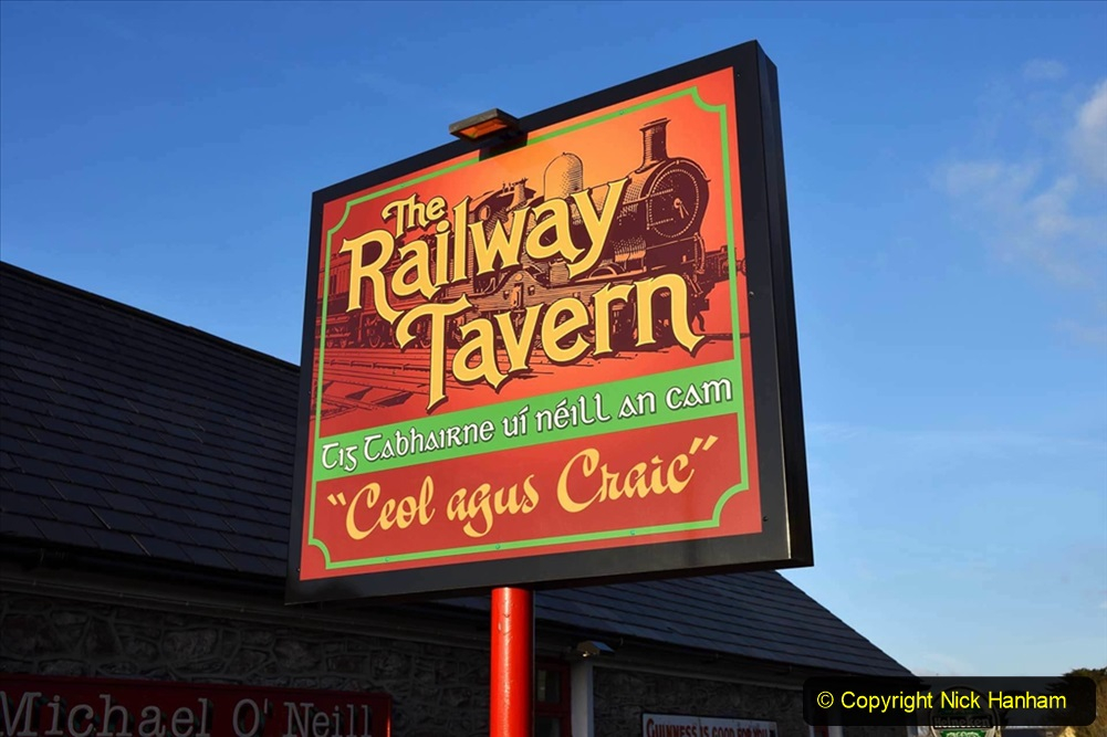 Railway Food. (206) Pub Signs. 206
