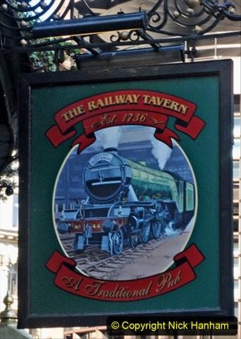 Railway Food. (200) Pub Signs. 200