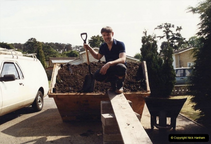 Retrospective  Summer 1985 Your Host builds a house extension. (13) Trench warfare. Another load of earth to go.13