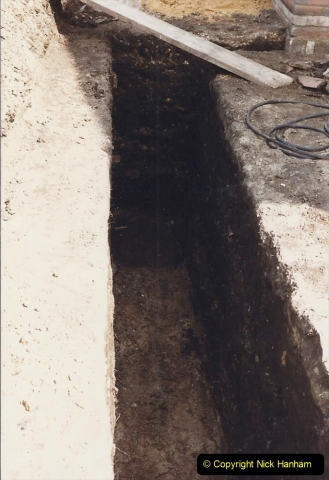 Retrospective  Summer 1985 Your Host builds a house extension. (8) Trench warfare.  08