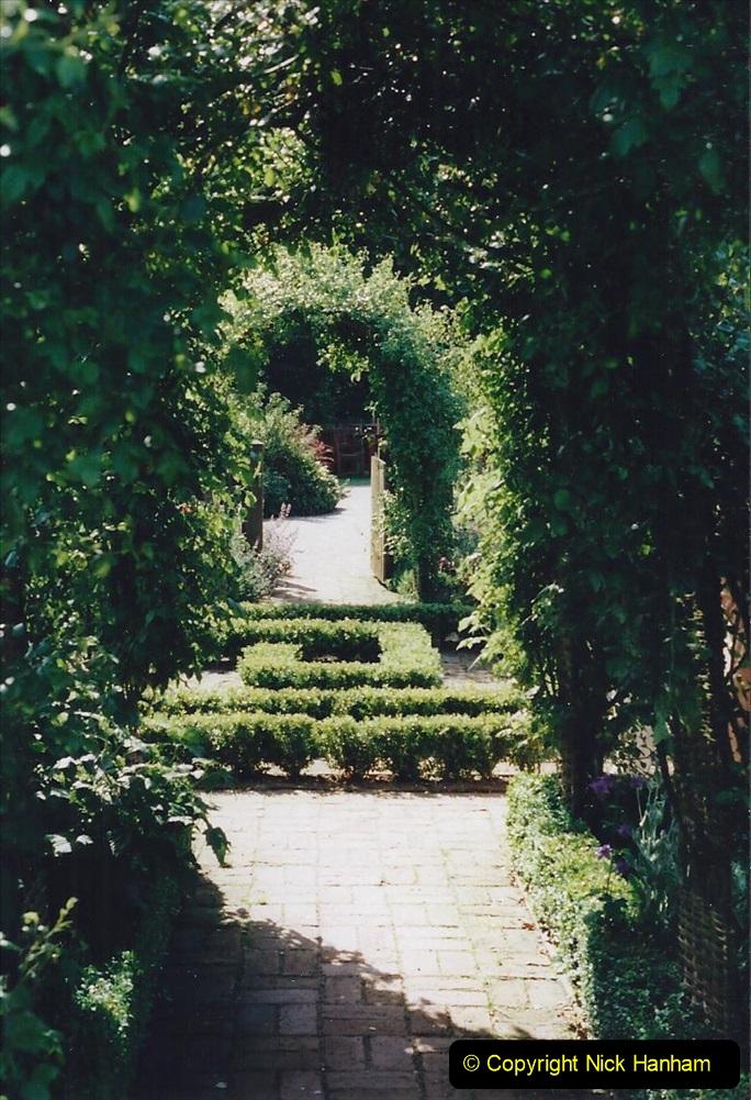 1999 June, Stamford - Burghley - Barnsdale. (51) Number 11 Garden. 051