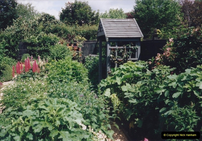 1999 June, Stamford - Burghley - Barnsdale. (109) Number 33 Artisan's Garden. 109