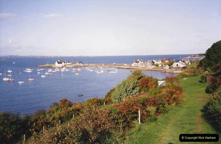 1991 Morlaix Area. (12) Costyal views. 13