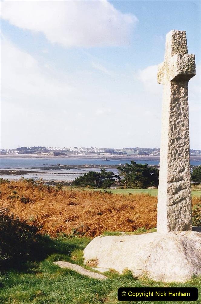 1995 France October. (17) Callot Island. 17