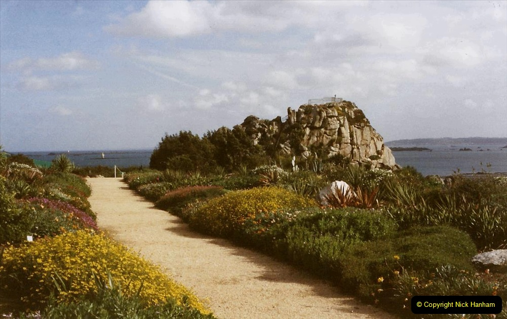 1995 France October. (38) The Gardens at Roscoff.38