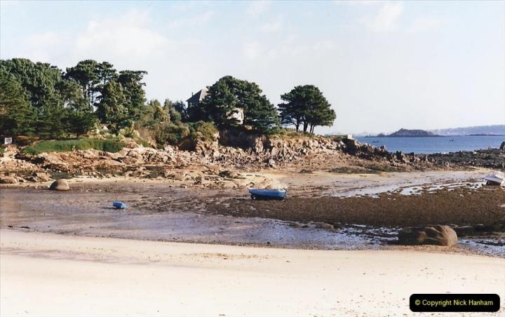 1995 France October. (13) Callot Island. 13
