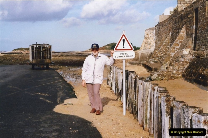1995 France October. (20) Callot Island. Your Host.20