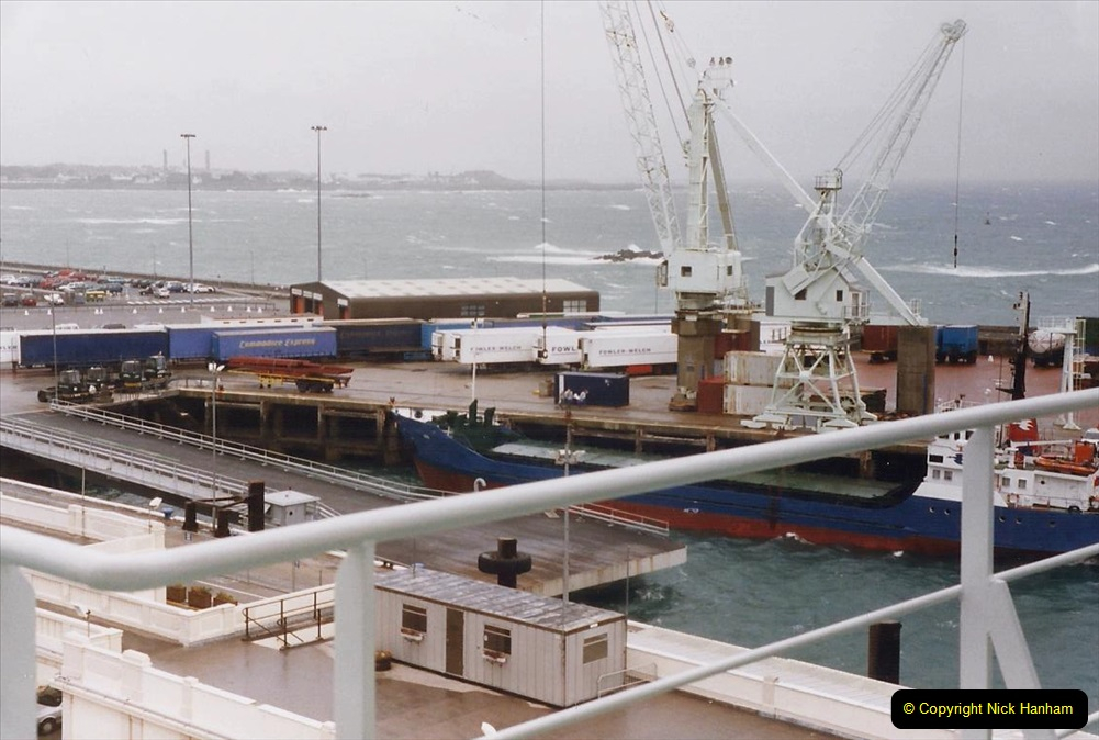 1999 September for a short dtay in Guernsey with friends. (58) New ferry Commodore Clipper open to the public. 58