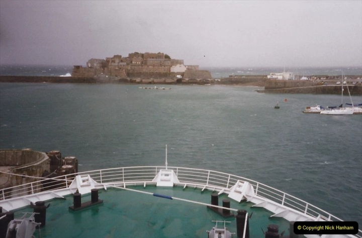 1999 September for a short dtay in Guernsey with friends. (49) New ferry Commodore Clipper open to the public. 49