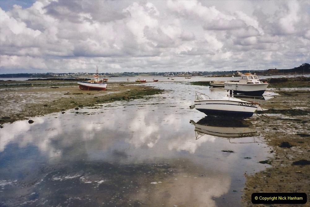 2000 France in September. (18) Carantec. 18