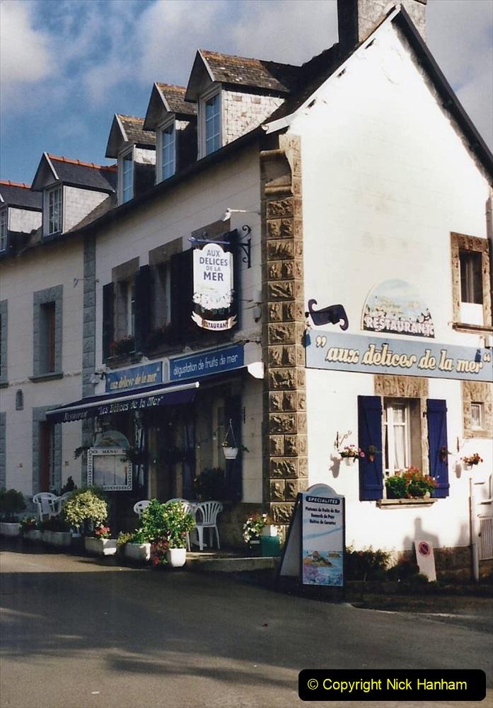 2000 France in September. (23) Carantec Market.  23