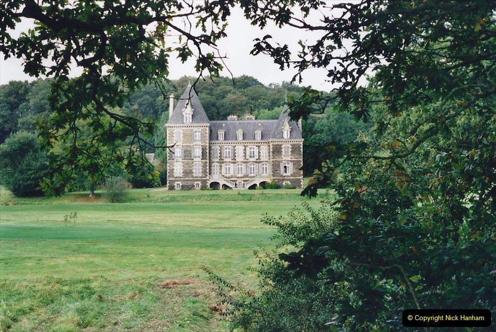 2000 France in September. (26) Carantec. 26
