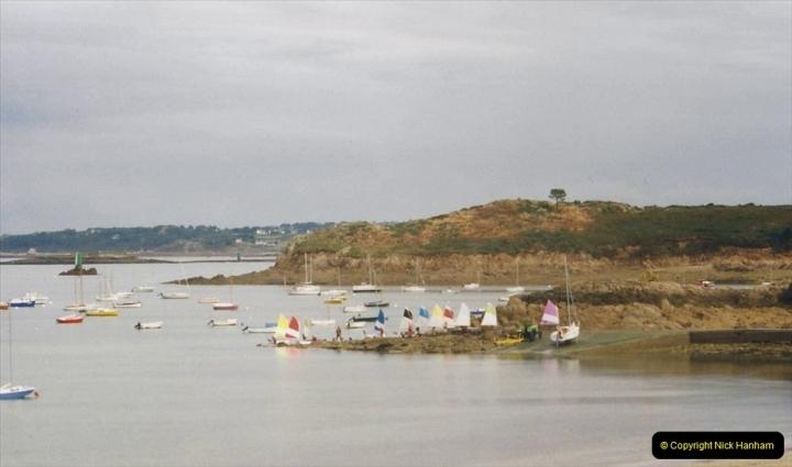 2000 France in September. (19) Carantec. 19