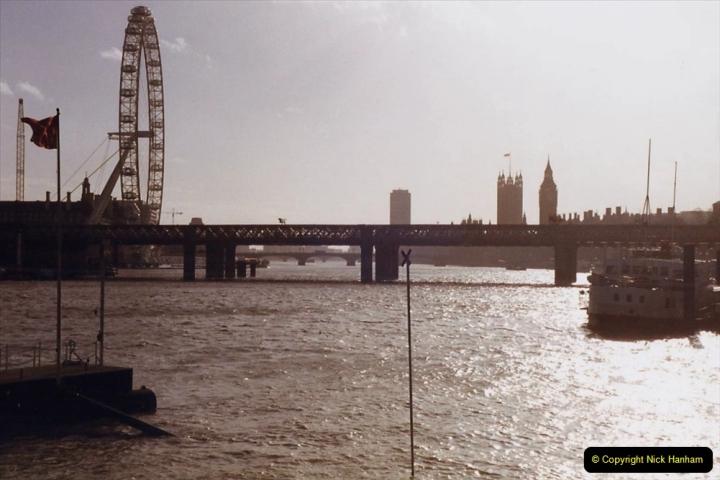 2000 Miscellaneous. (14) London February. 014
