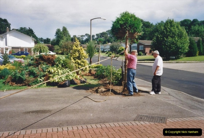 2000 Miscellaneous. (175) Garden improvements with my neighbour. 176
