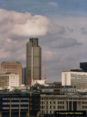 2000 Miscellaneous. (329) London. Nat West Tower.330