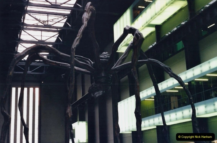 2000 Miscellaneous. (334) London. Tate Modern and the Spider.335