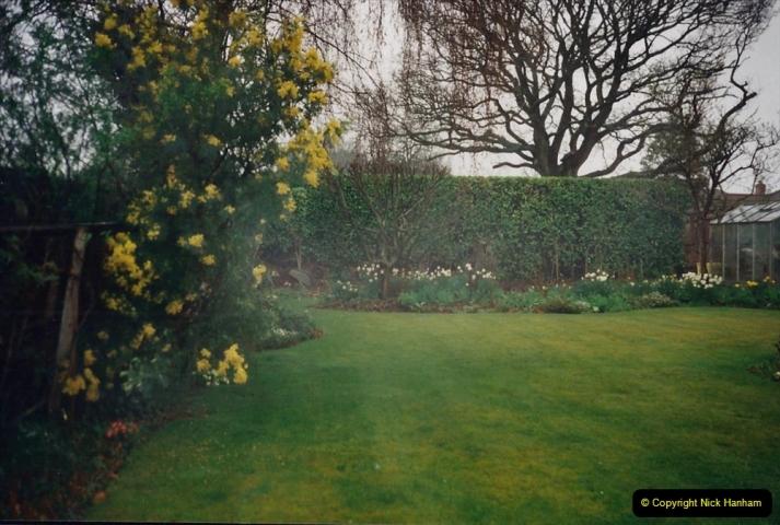 2000 Miscellaneous. (36) A New Milton, Hampshire garden.036