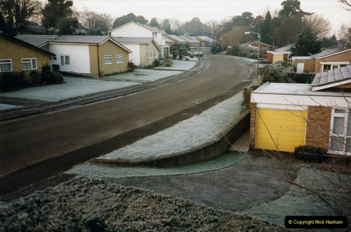 2000 Miscellaneous. (4) Very heavy January frost. 004