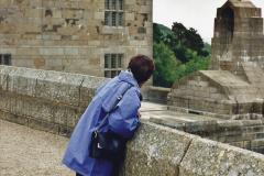2000 Miscellaneous. (146) Castle Drogo (NT) Devon. 147