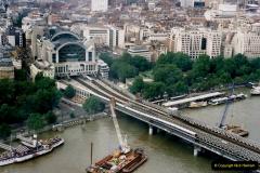 2000 Miscellaneous. (279) London Eye. Charring Cross.280