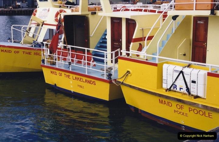 2001 Miscellaneous. (32) Poole Quay and area, Poole, Dorset. 032