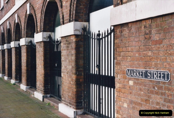 2001 Miscellaneous. (39) Poole Quay and area, Poole, Dorset. 039