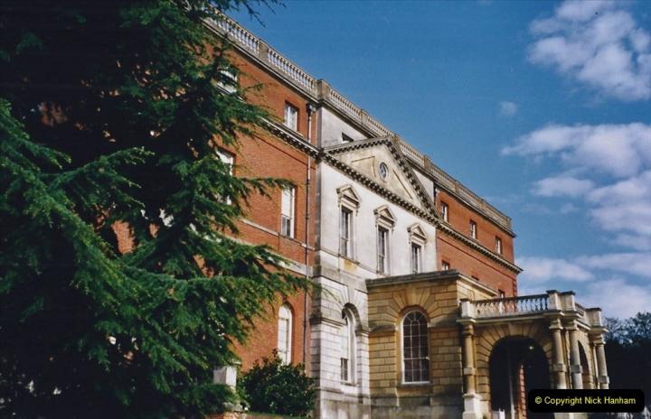 2001 Miscellaneous. (83) Clandon Park, Guildford, Surrey. 083