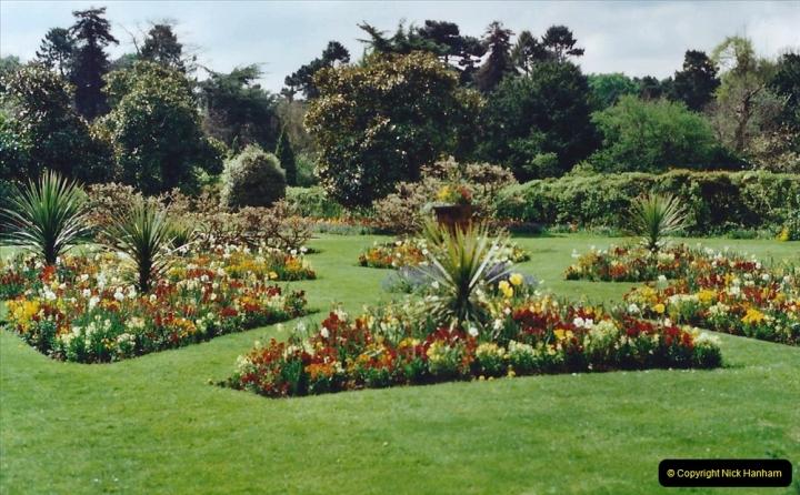 2001 Miscellaneous. (85) Clandon Park, Guildford, Surrey. 085