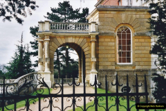 2001 Miscellaneous. (82) Clandon Park, Guildford, Surrey. 082