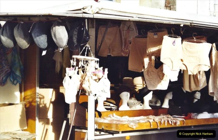 2001 September in France. (24) Market at Carantec. 24