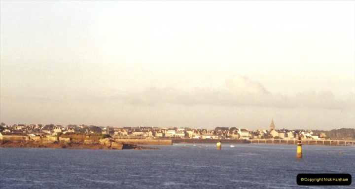 2001 September in France. (3) Roscoff from our ship.03