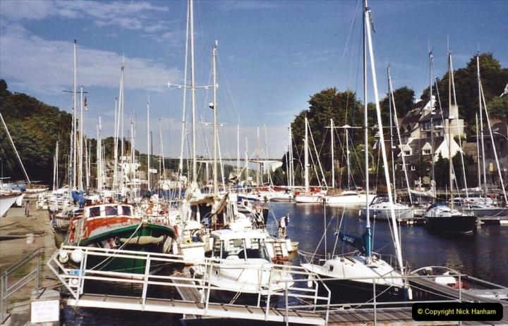 2001 September in France. (33) Morlaix. 33