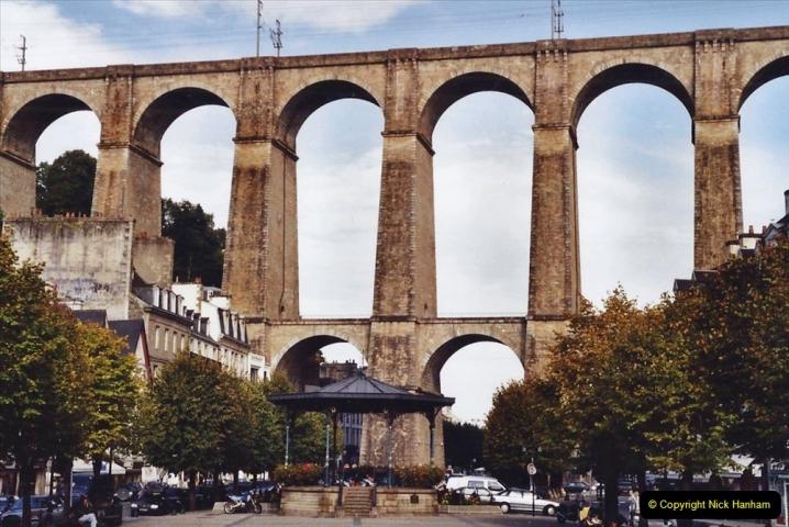 2001 September in France. (37) Morlaix. 37