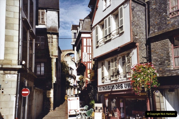 2001 September in France. (38) Morlaix. 38