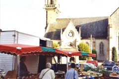 2001 September in France. (28) Market at Carantec. 28