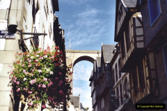 2001 September in France. (39) Morlaix. 39
