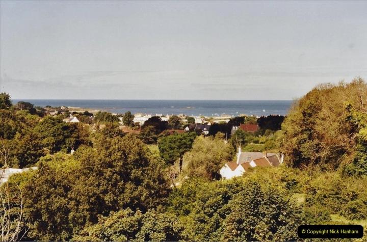 2001 September. Short visit to Guernsey. (3)03