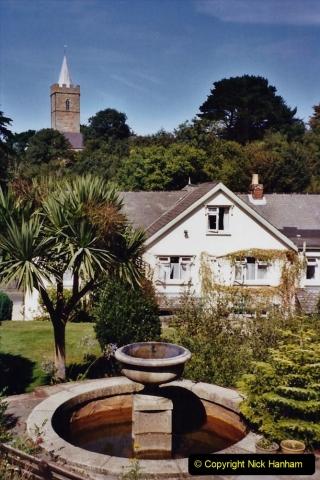 2001 September. Short visit to Guernsey. (5)05