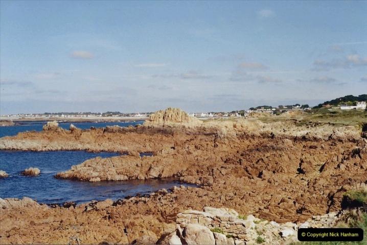 2001 September. Short visit to Guernsey. (7)07