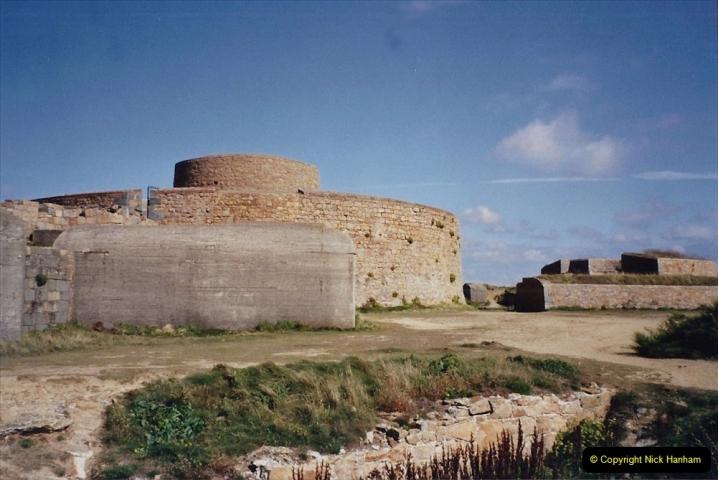 2001 September. Short visit to Guernsey. (8)08