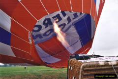 2002 August 19 Balloon Flight over Dorset by your Hosy and Wife. (8) Balloon preparation. 08