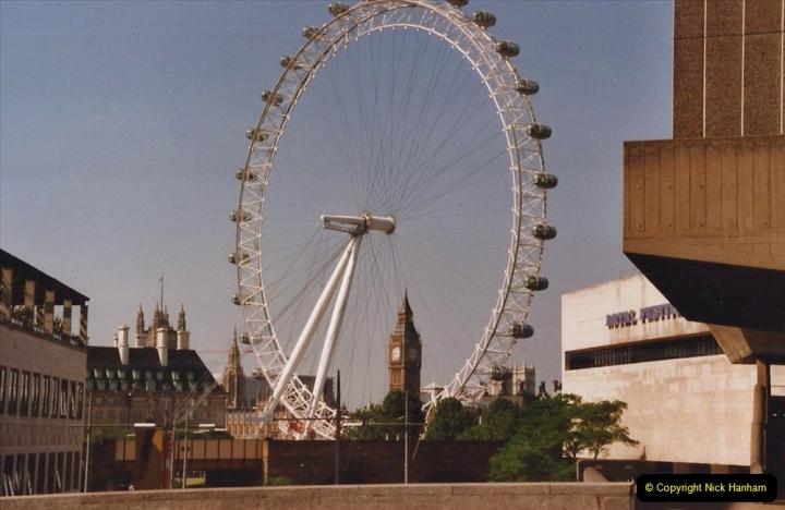 2002 July - London. (1) The Eye.01