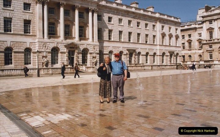 2002 July - London. (5) Somerset House. 05