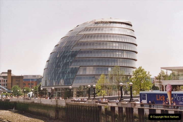 2002 July - London. (54) London City Hall. 54